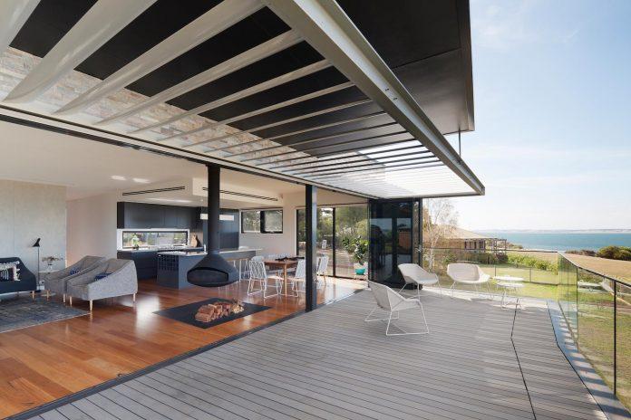 bold-sharp-textural-design-rhyll-villa-jarchitecture-13