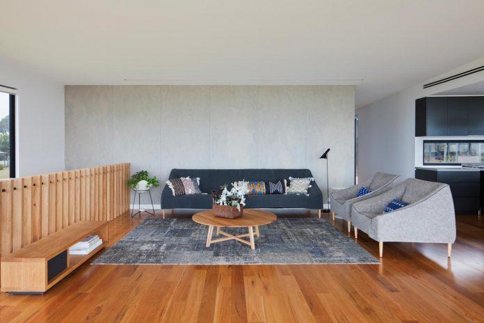 bold-sharp-textural-design-rhyll-villa-jarchitecture-14