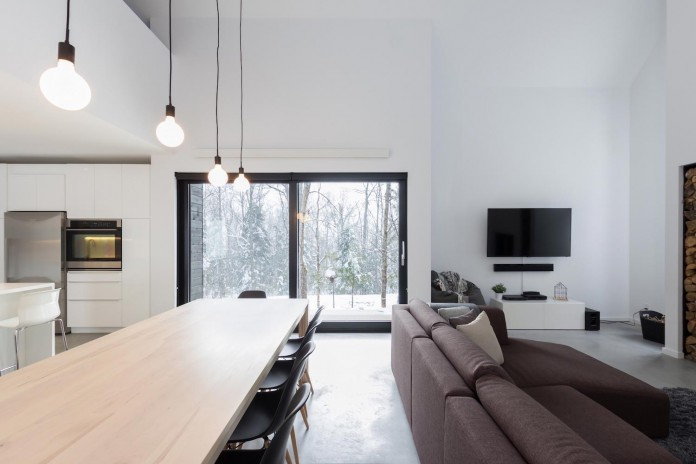 cargo-architecture-design-villa-boreale-charming-contemporary-residence-located-charlevoix-09