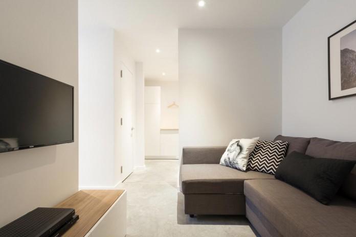 cargo-architecture-design-villa-boreale-charming-contemporary-residence-located-charlevoix-11