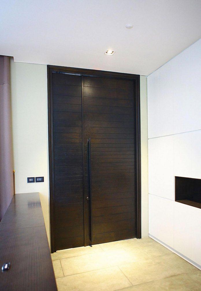 classic-exterior-modern-interior-t-house-ha-noi-designed-abs-corporation-02