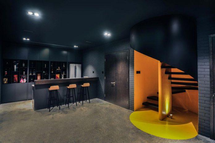 classic-exterior-modern-interior-t-house-ha-noi-designed-abs-corporation-17