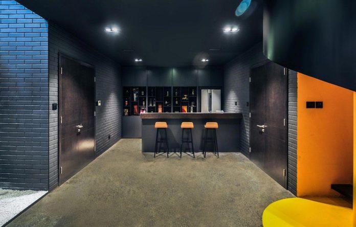 classic-exterior-modern-interior-t-house-ha-noi-designed-abs-corporation-18