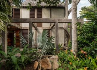 CoA arquitectura + Estudio Macías Peredo design the Chacala rest house overlooking the sea