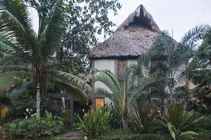 coa-arquitectura-estudio-macias-peredo-design-chacala-rest-house-overlooking-sea-08