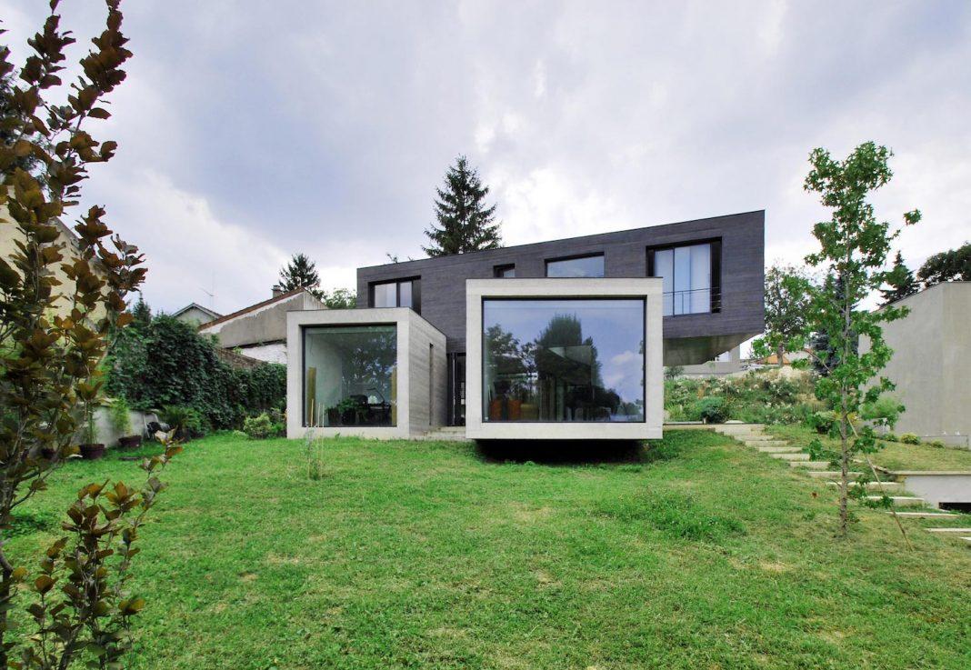 Concrete contemporary villa in Créteil designed by SKP Architecture