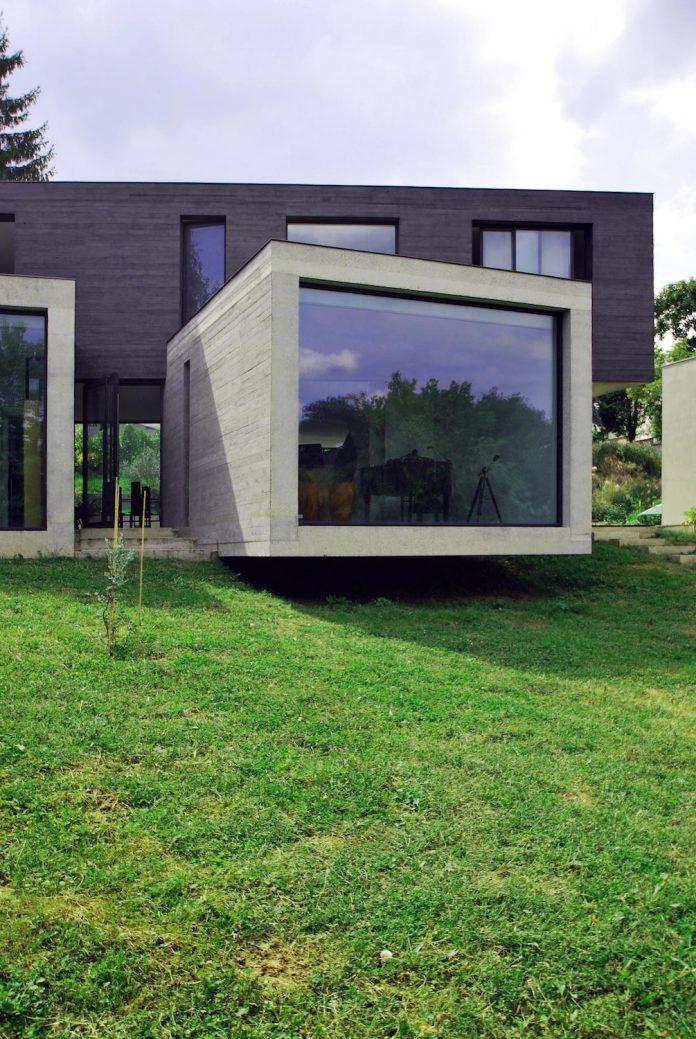 concrete-contemporary-villa-creteil-designed-skp-architecture-02