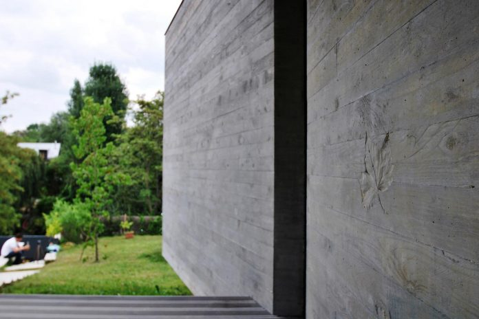 concrete-contemporary-villa-creteil-designed-skp-architecture-05