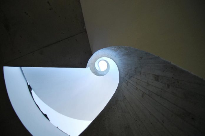 concrete-contemporary-villa-creteil-designed-skp-architecture-07