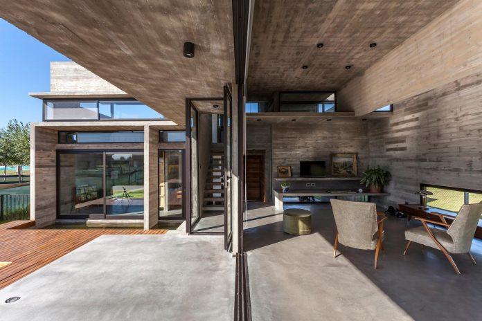 contemporary-berazategui-house-designed-besonias-almeida-arquitectos-17