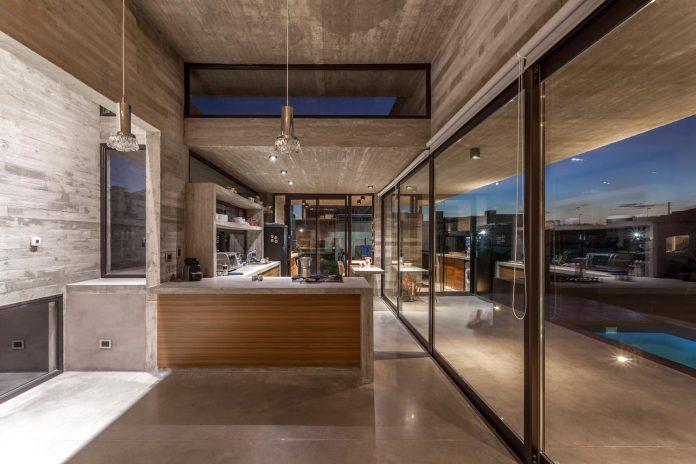 contemporary-berazategui-house-designed-besonias-almeida-arquitectos-27