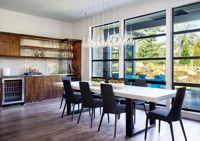 contemporary-sandhill-crane-villa-portland-oregon-garrison-hullinger-interior-design-13