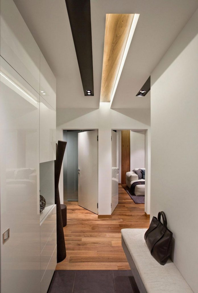 contrast-colours-focus-geometric-shapes-academic-apartment-moscow-design3-01