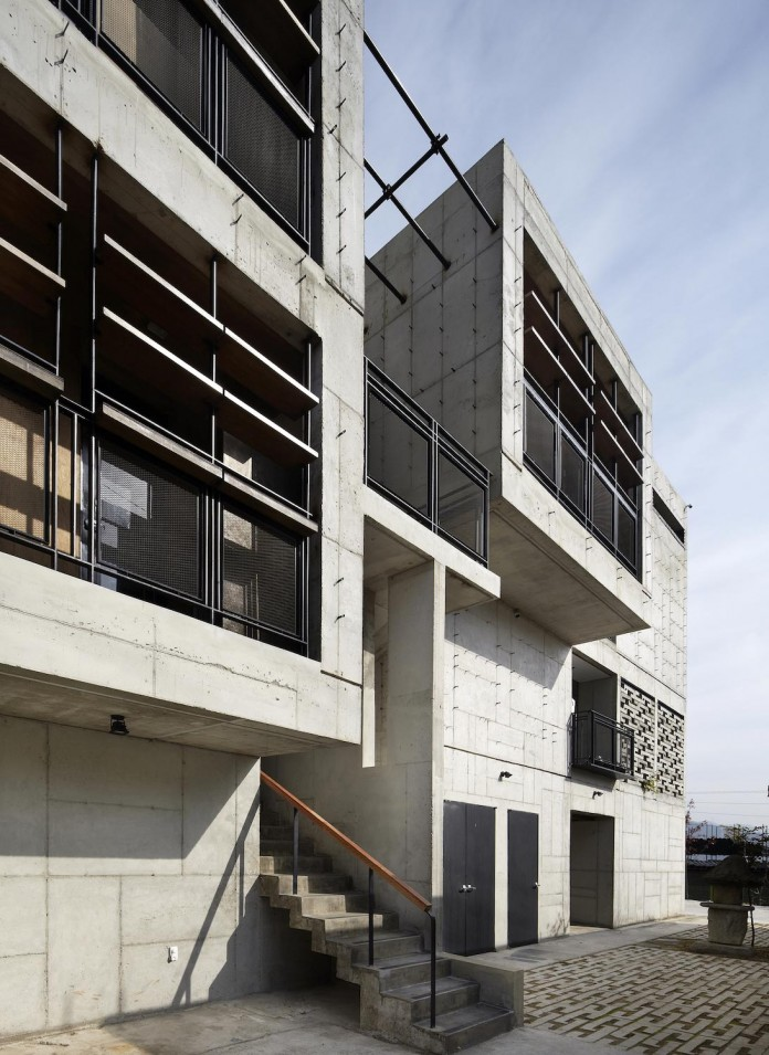 cool-full-grey-concrete-outside-look-bright-interior-ground-wall-fhhh-friends-03