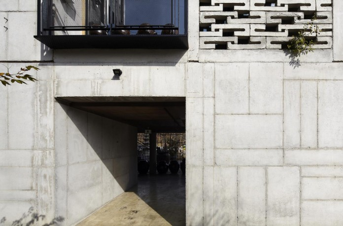 cool-full-grey-concrete-outside-look-bright-interior-ground-wall-fhhh-friends-09