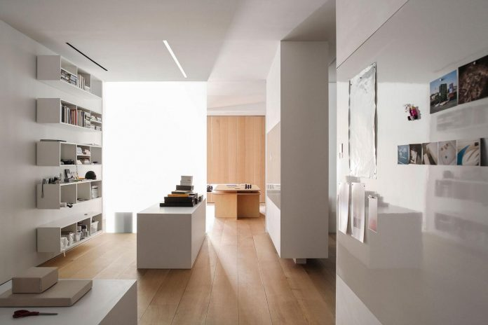 desai-chia-architecture-design-new-york-city-clean-clear-photographers-loft-12