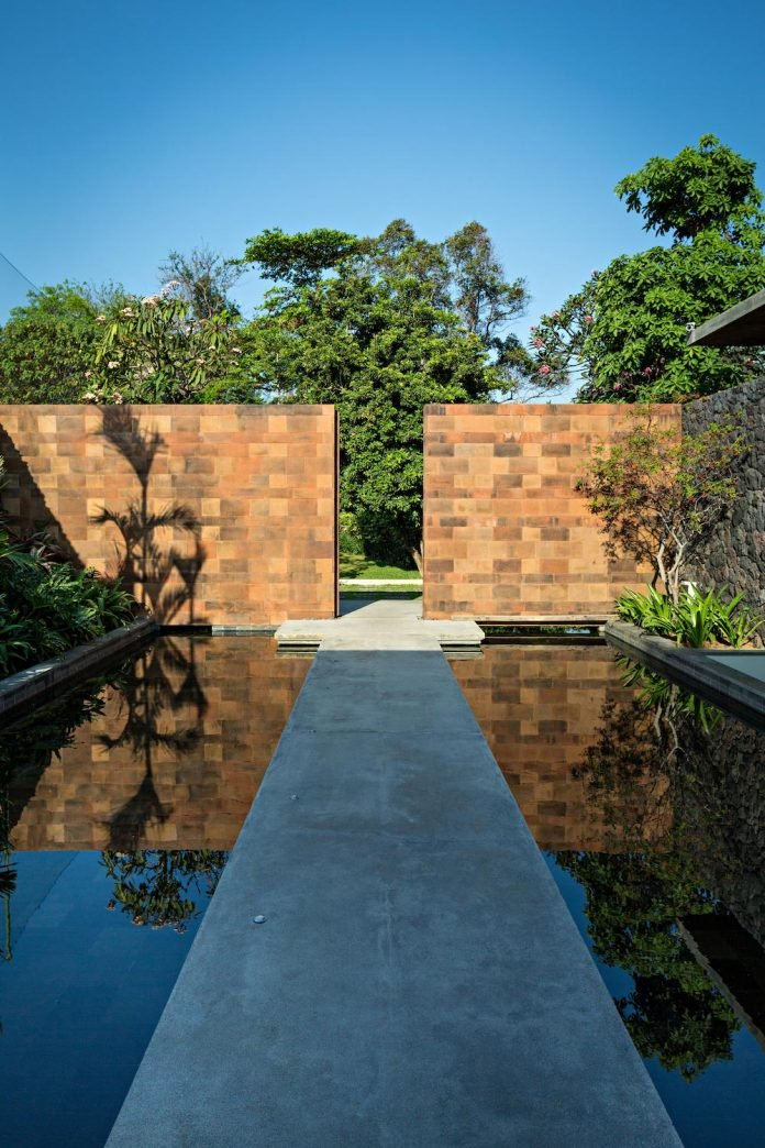 dra-villa-envisioned-family-retreat-set-tropical-landscape-bali-d-associates-06