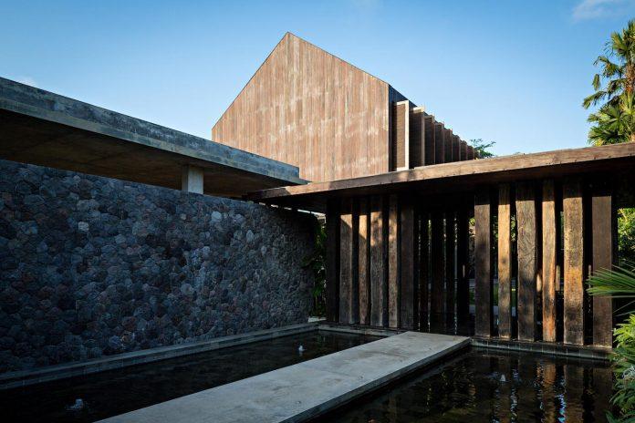dra-villa-envisioned-family-retreat-set-tropical-landscape-bali-d-associates-08