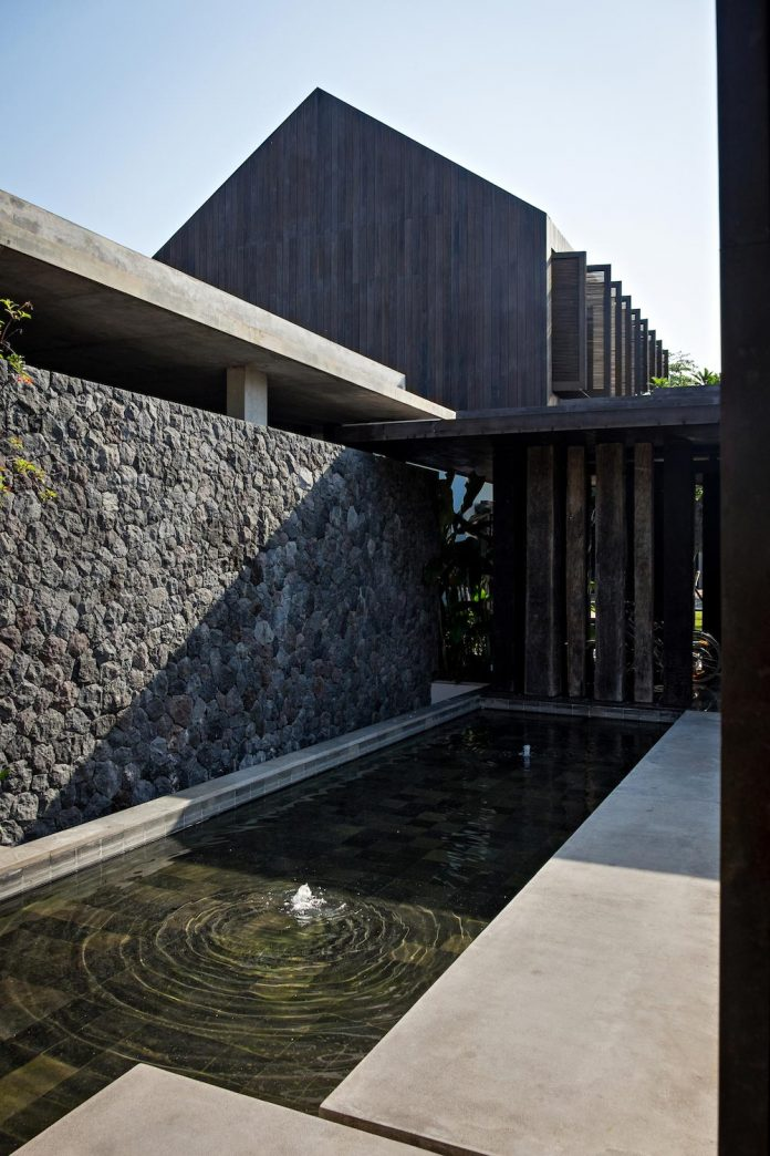 dra-villa-envisioned-family-retreat-set-tropical-landscape-bali-d-associates-09