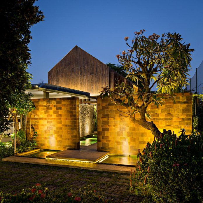 dra-villa-envisioned-family-retreat-set-tropical-landscape-bali-d-associates-26