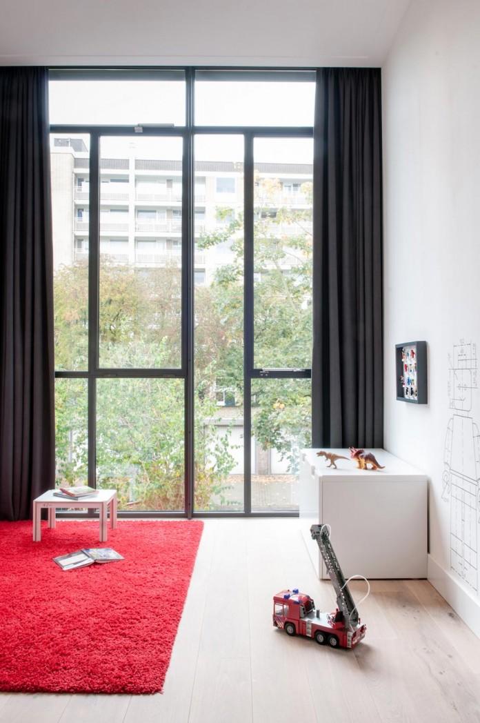 dutch-design-studio-lab-s-renovated-30s-row-house-city-utrecht-10
