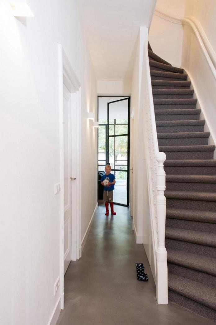 dutch-design-studio-lab-s-renovated-30s-row-house-city-utrecht-13