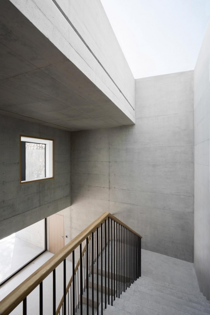 fhv-architectes-design-st-sulpice-ii-villa-made-concrete-glass-metal-09