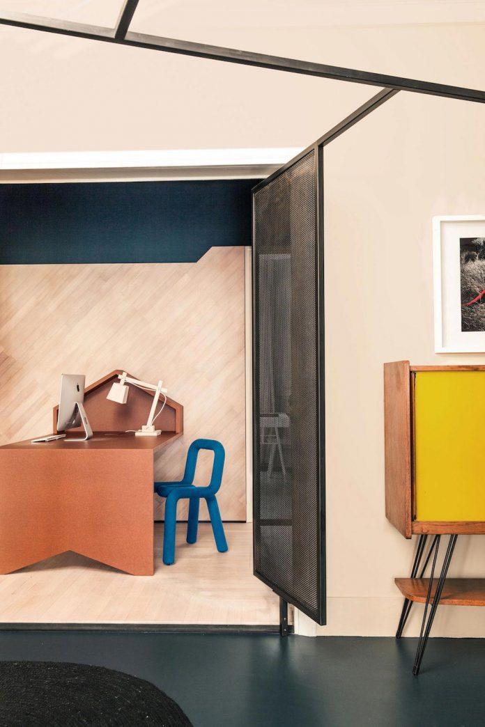 french-metal-rack-apartment-paris-uda-architetti-15