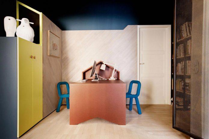 french-metal-rack-apartment-paris-uda-architetti-16