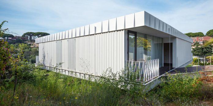 grnd82-design-ef-villa-arenys-de-mar-barcelona-mediterranean-sea-views-03
