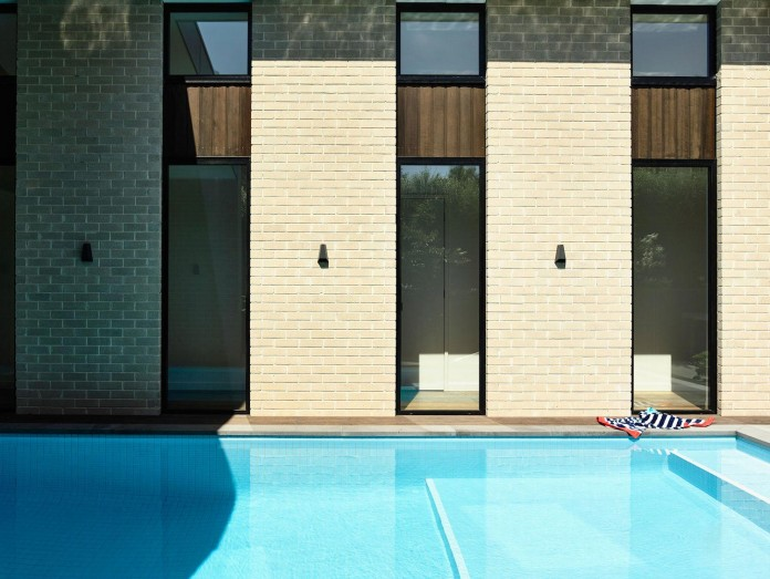 inform-design-custom-designed-eaglemont-house-contemporary-look-04