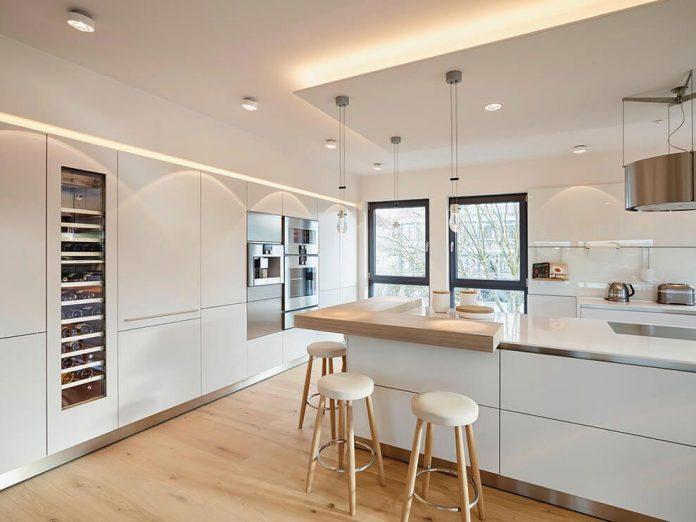 josep-rua-spatial-designer-creates-bright-penthouse-valencia-spain-06