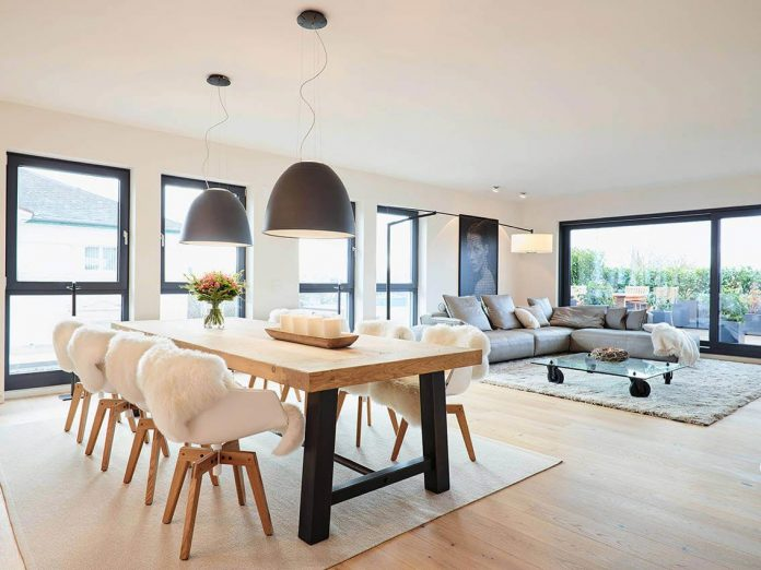 josep-rua-spatial-designer-creates-bright-penthouse-valencia-spain-09