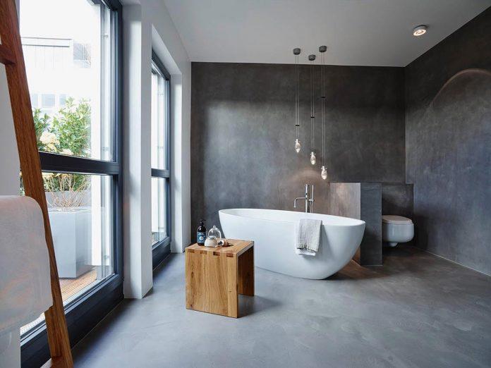 josep-rua-spatial-designer-creates-bright-penthouse-valencia-spain-13