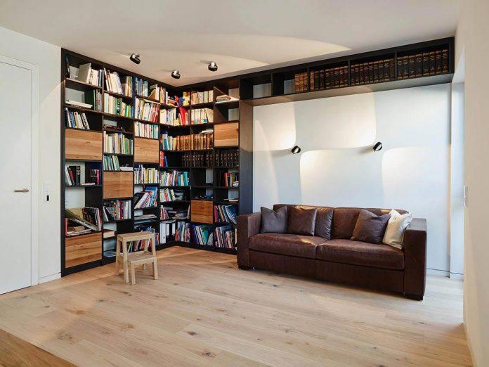 josep-rua-spatial-designer-creates-bright-penthouse-valencia-spain-20