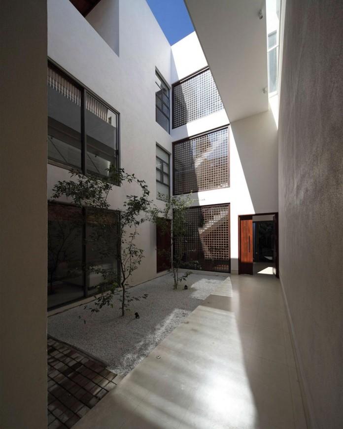 layered-family-home-colombo-sri-lanka-kwa-architects-05