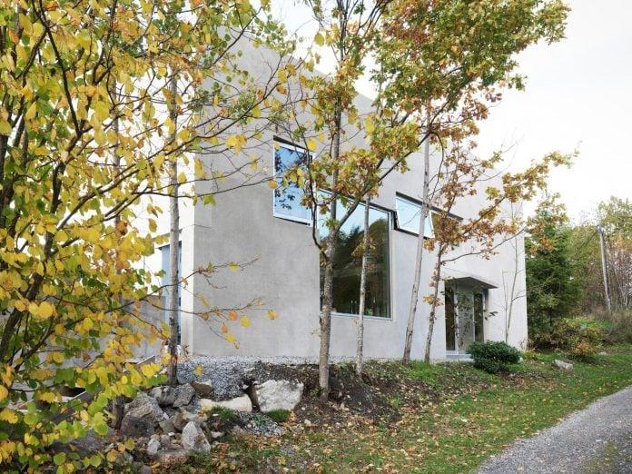 lie-oyen-arkitekter-design-tussefaret-villa-little-home-made-puzzle-prefabricated-concrete-elements-04