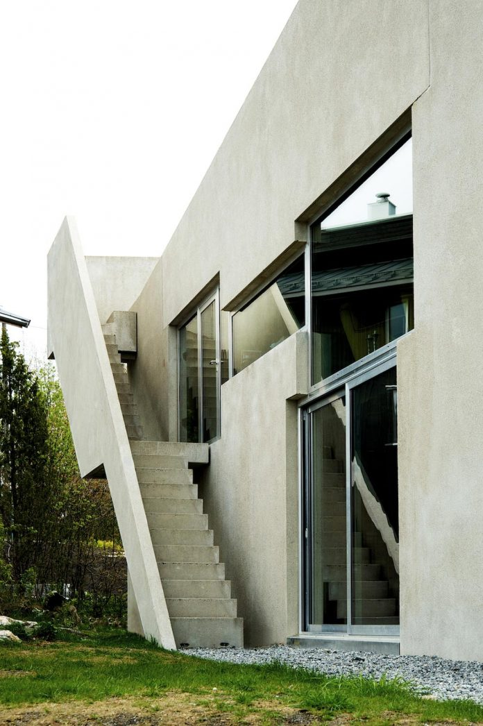 lie-oyen-arkitekter-design-tussefaret-villa-little-home-made-puzzle-prefabricated-concrete-elements-06
