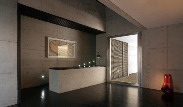marcos-bertoldi-arquitetos-design-huge-rb-house-five-floors-home-near-graciosa-country-club-15