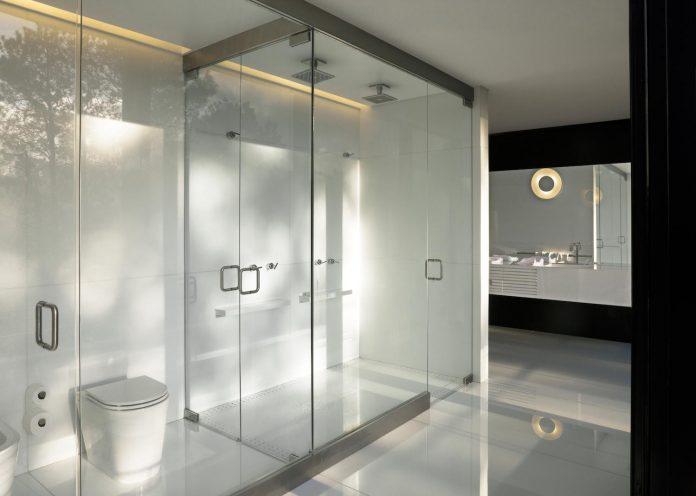 marcos-bertoldi-arquitetos-design-huge-rb-house-five-floors-home-near-graciosa-country-club-30