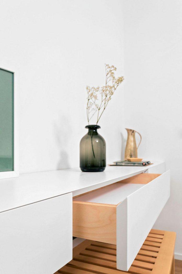minimalist-sought-loft-milan-italy-aim-23
