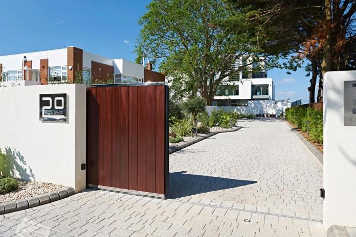 moondance-luxury-apartment-block-dorset-england-david-james-architects-associates-ltd-01