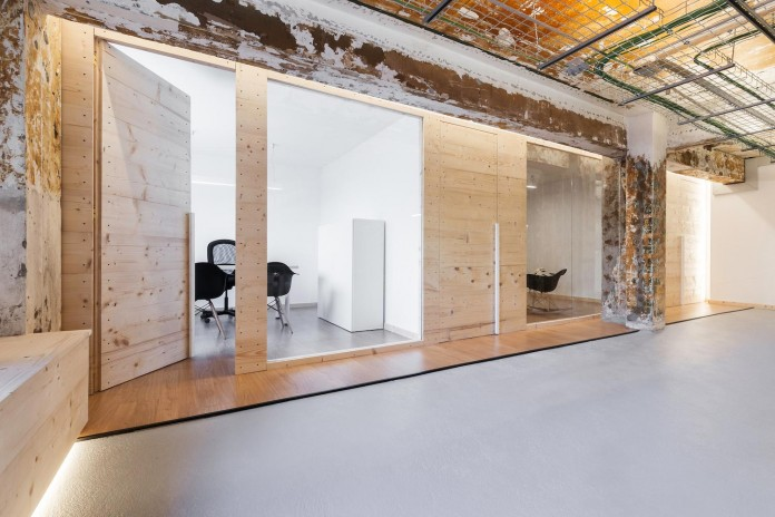 nan-arquitectos-redesign-iconweb-offices-old-billiard-contemporary-open-office-concept-09