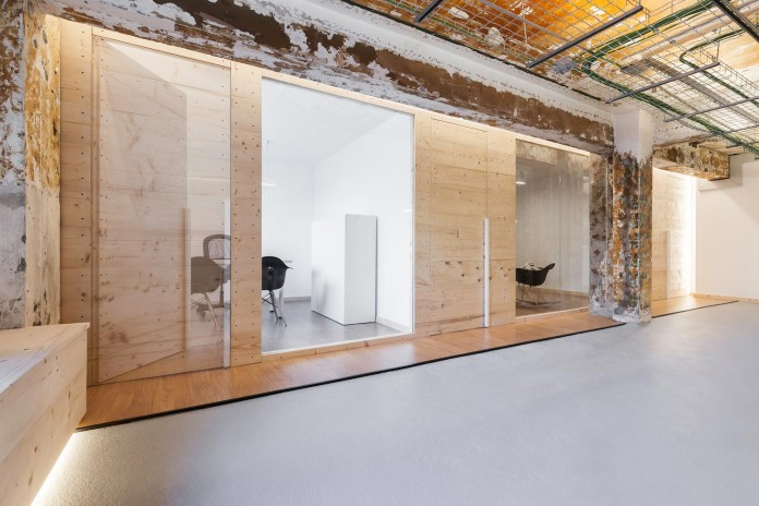 nan-arquitectos-redesign-iconweb-offices-old-billiard-contemporary-open-office-concept-10