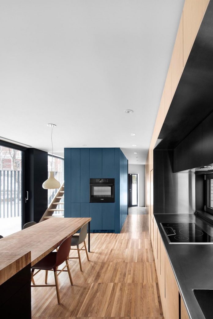 naturehumaine-redesigned-mcculloch-residence-1860s-old-home-near-mount-royal-montreal-10