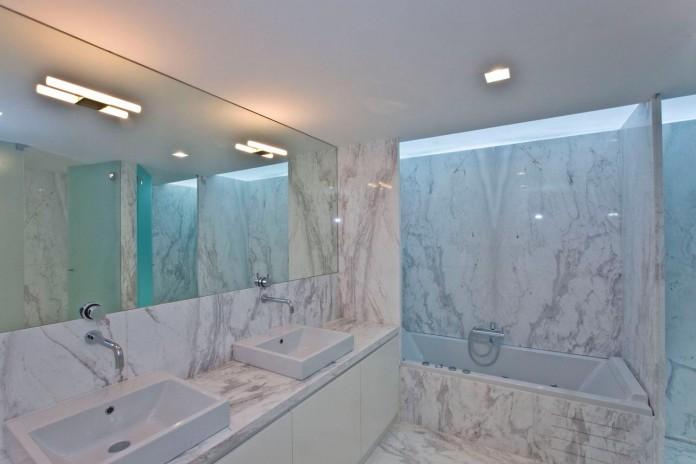 r-house-covered-white-estremoz-marble-atelier-darquitectura-j-lopes-da-costa-11