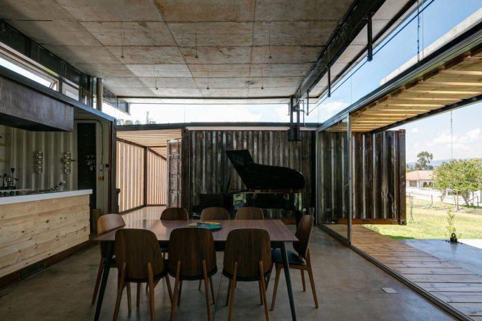 rdp-container-house-daniel-moreno-flores-sebastian-calero-09