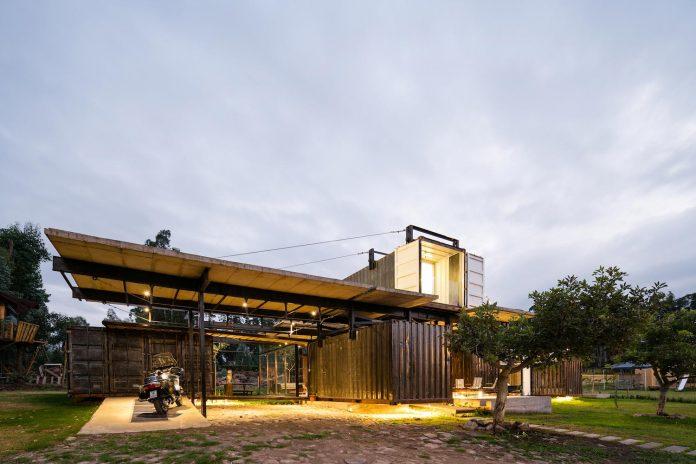 rdp-container-house-daniel-moreno-flores-sebastian-calero-23