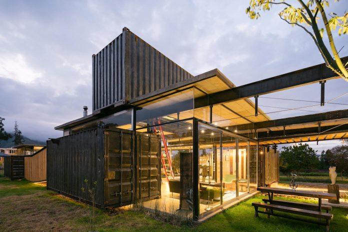 rdp-container-house-daniel-moreno-flores-sebastian-calero-24