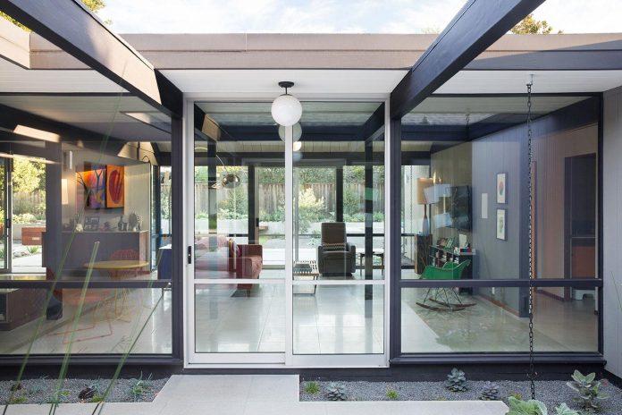 renewed-classic-eichler-sunnyvale-california-klopf-architecture-07